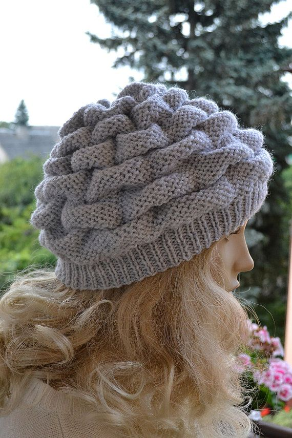 Women's Hat Winter light gray Women Hat Slouchy by #DosiakStyle #womenhat #grayhat