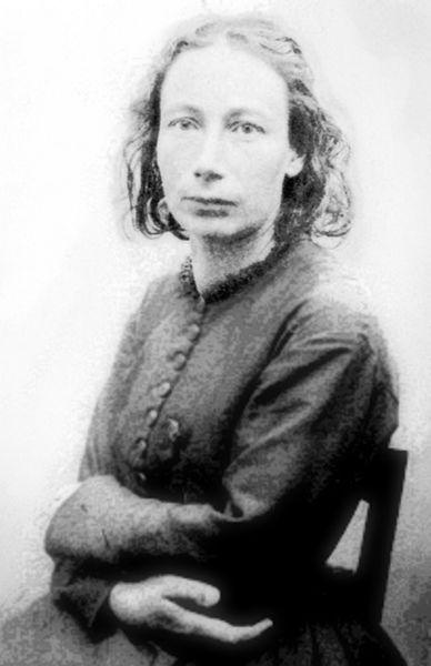 Louise Michel  alias « Enjolras », est une institutrice, militante anarchiste, franc-maçonne, aux idées féministes et l'une des figures majeures de la Commune de Paris.