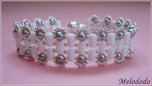 Bracelet Lee de Puca Rulla opaque white sb mr11/0961 sb mr15/0961 Nacree light grey pearl 4 mm