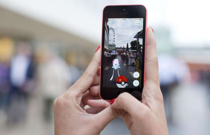 A growing number of entrepreneurs, including Londoner Sophia Pedraza, have quit their 9-5 jobs to play Pokémon Go full-time. Pro hunters use multiple smartphones to capture as many monsters as possible, and sell their accounts for anything up to $10,000 (£7.7k) on various online auction sites.