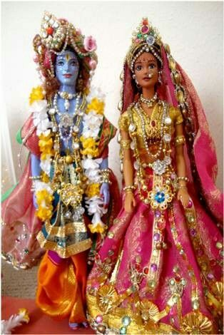 Indian Barbie Dolls as Radha Krishna......