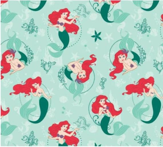 Sold by 1//2 Metre 147cm Wide Disney Minnie Mouse 100/% Cotton Fabrics