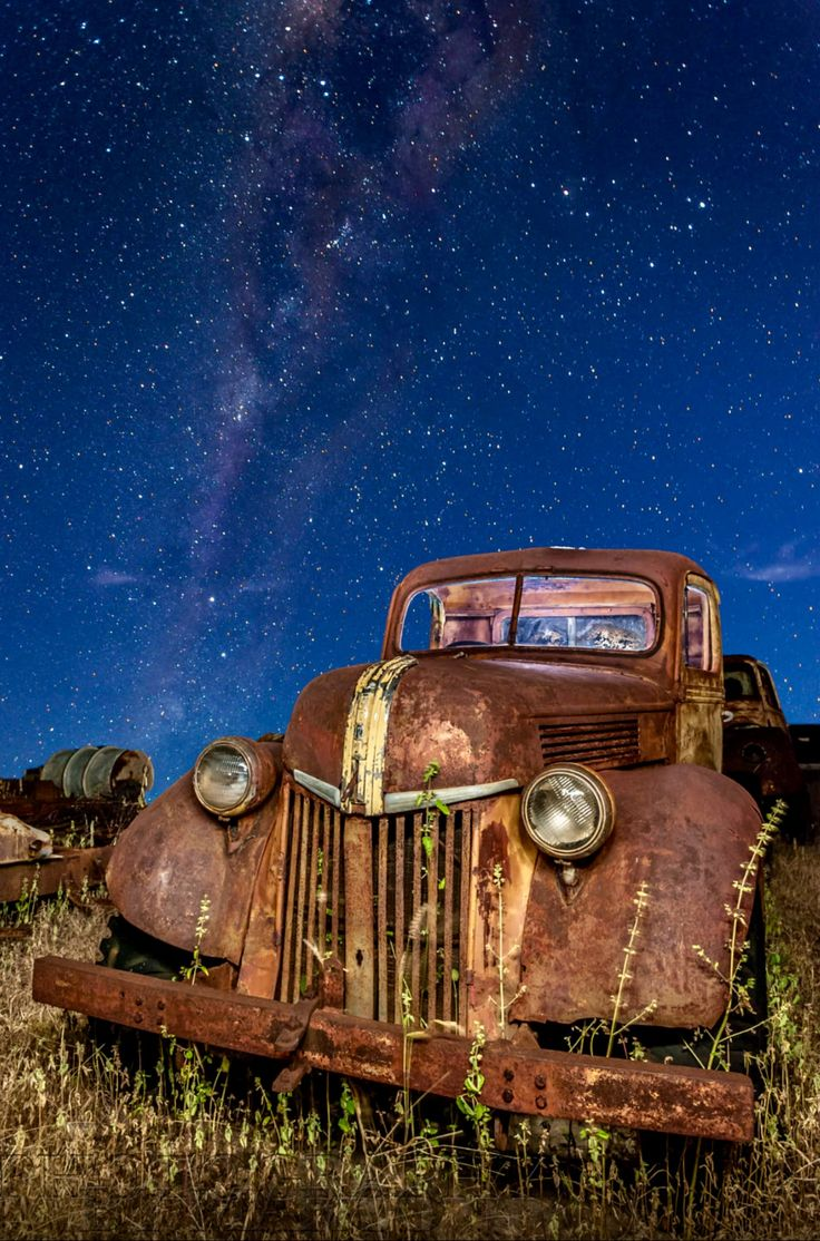 Last Stop. Resting in a junkyard for old fords in Chillagoe, a small town west of Cairns. This old ford pickup made the perfect light foreground painting subject for this night shot. Photo by Marco Trovalusci. Source 500px.com