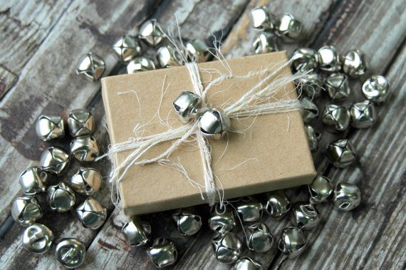 50 . Silver Jingle Bells . Christmas Bells . von DancingMooney