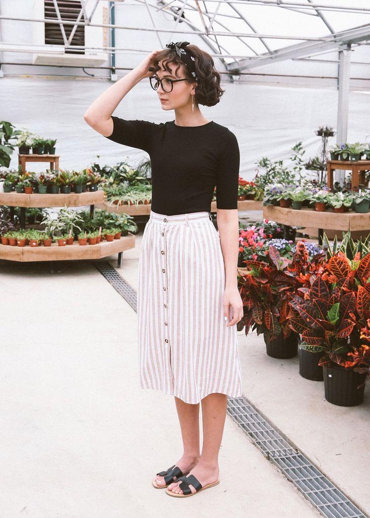 Hawkins Skirt in Tan