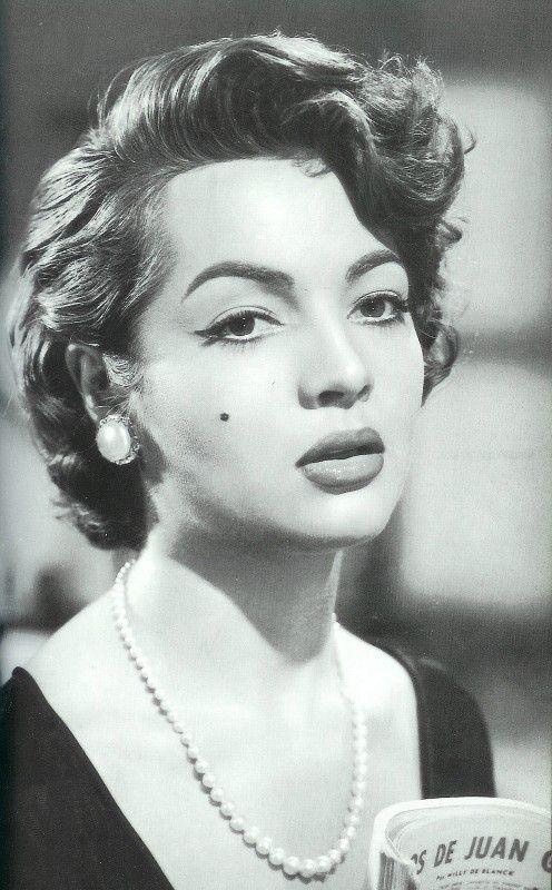 SARA MONTIEL actriz y cantante n.en Campo de Criptana(Ciudad Real) 1928+2013 en Madrid