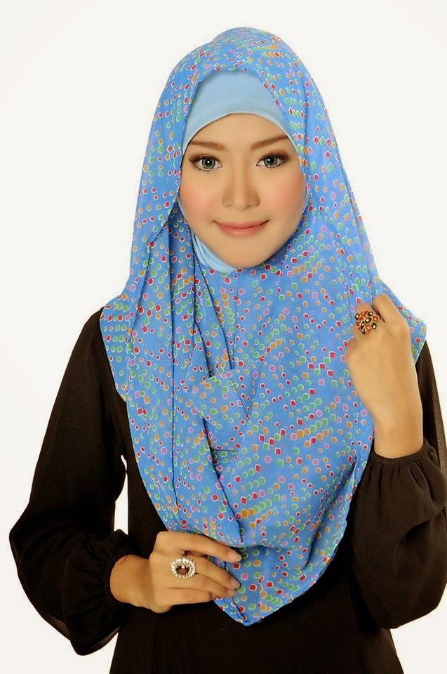 D'style Hijab menghadirkan Hijab fashion style motif Floral. Hijab Instant modern yang cantik ^_^ CHIFFON PRINTED PEAFOWL Type : Flip Back, Inner Exclude Material : Chiffon Price : IDR 65.000 Code : CPP-BLUE Order : Pin BB 2A26B0A1 SMS 0823 1872 8888  KOLEKSI LENGKAP:  - http://pusatjilbabinstant.blogspot.com/ - https://www.facebook.com/pages/Pusat-Busana-Muslim-Modern-from-Dstyle-Group/519033388138429  Happy Shopping Thank You ^_^