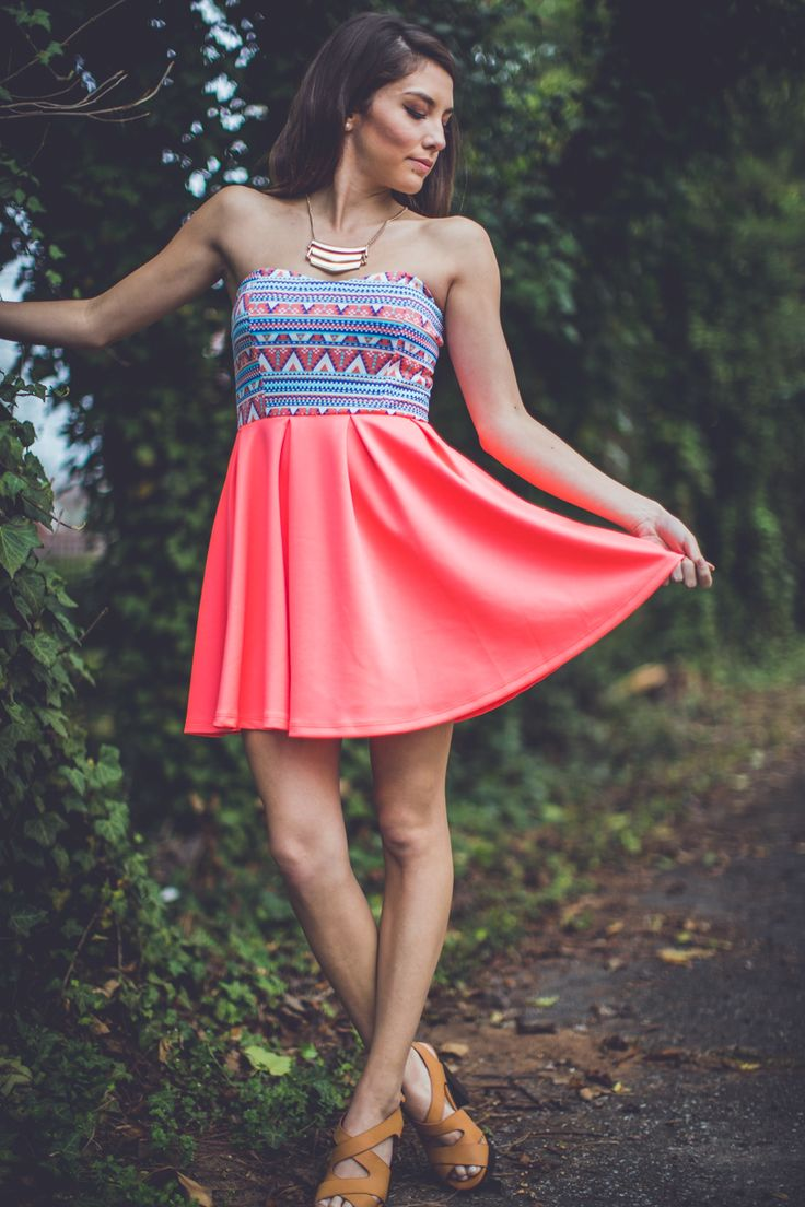 This coral party dress is SO CUTE! Get it from Entourage for just $38!