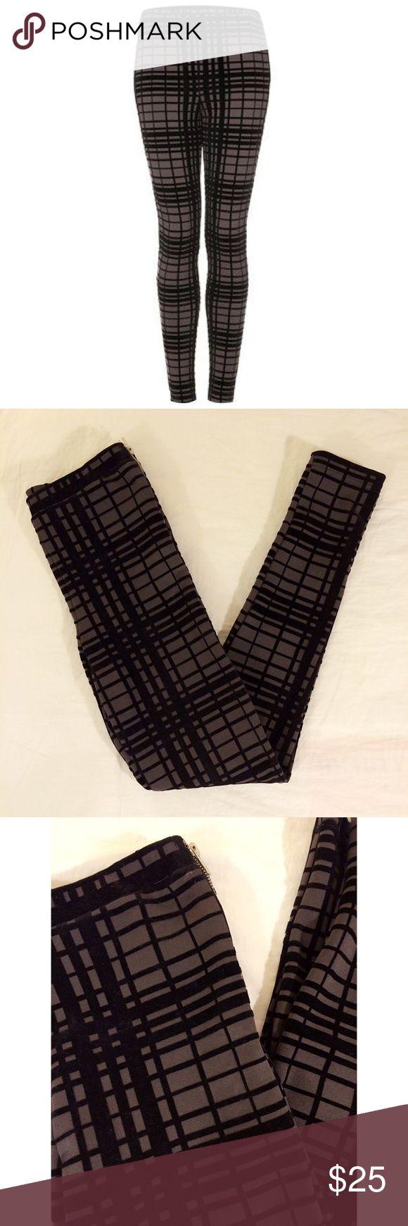 Topshop Leggings Topshop plaid checkered grid leggings size 2.  Checks are a felt texture. Good condition Topshop Pants Leggings