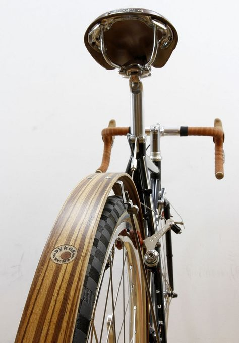 well-appointed custom commuter. Interesting tread pattern