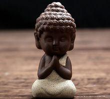 Pequeño Buda tathagata estatua estatuilla monje India Yoga Mandala té mascota púrpura artesanías de cerámica(China (Mainland))