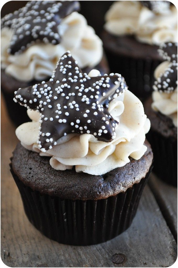 Mexican Hot Chocolate Cupcakes by lemon sugar