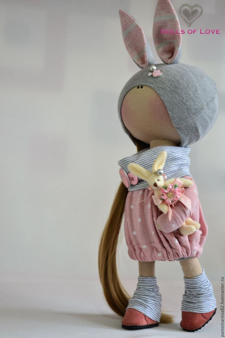Купить Интерьерная кукла - комбинированный, розовый, серый, ушки, заколка для волос, обувь ручной работы