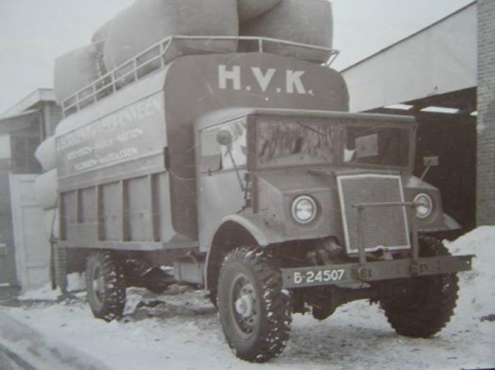 Canadese Ford B 24507 H.V.K 1947 Friese Nummerbewijzen, kentekens voor auto's en motoren 1906-1951