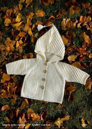 119/1: Mayflower Jakke m/hætte i struktur - Gratis strikke opskrift Babyjakke fra Mayflower. Kan strikkes i flere garnkvaliteter. Cool Wool,...