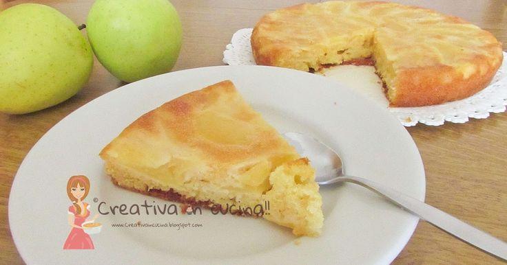 Torta soffice di mele, l'adorano tutti, dai grandi ai piccini perchè è davvero buonissima. Per la ricetta>> http://creativaincucina.blogspot.it/2016/05/torta-soffice-di-mele.html soft apple cake, loved it all, from the great to the little ones because it's really very good. For the recipe >> http://creativaincucina.blogspot.it/2016/05/torta-soffice-di-mele.html