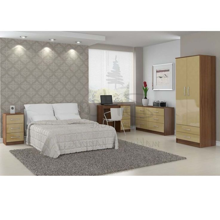 cream bedroom chair 1000 ideas about bedroom furniture on 13577 | 70b651ef94928e1d01d60791a6ff0643