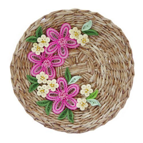3D wall decoration - wicker plate decorated with quilled flowers