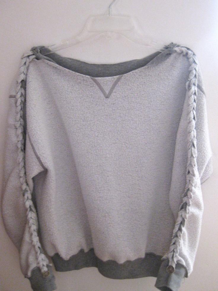 DIY Braided SweatshirtFashion, Diy Crafts, Sweat Shirts, Diy Sweatshirts, Diy Braids, Green Eggs, Diy Clothing, Cool Ideas, Braids Sweatshirts
