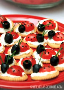 Ladybug Party Food  My Grand daughter Lily will love these She loves black olives, tomatoes and cream cheese!