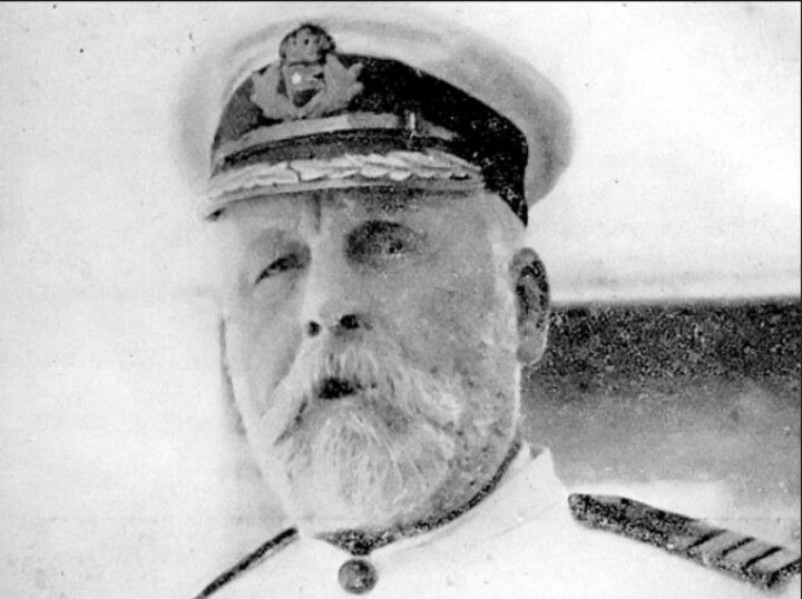 Here is the titanic's captain (or santa claus)
