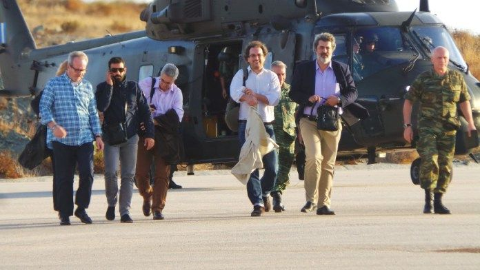 (vid) Π.Καμμένος και Π.Πολάκης: Μονίμως Ελικόπτερο του Στρατού στην Σύρο για αεροδιακομιδές – the FAQ