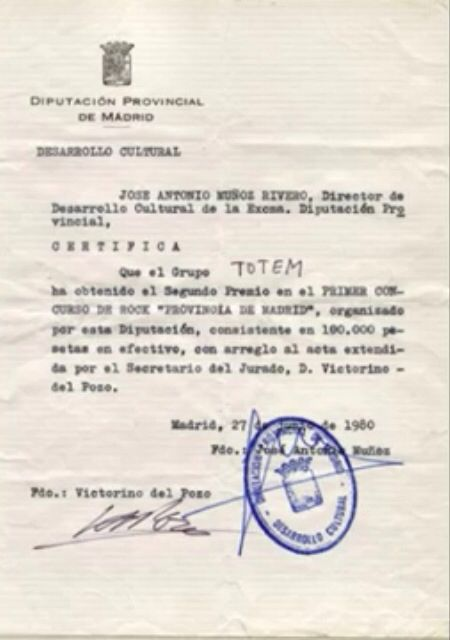 """El viernes 27 de junio de 1980 participaron en el """"I CONCURSO DE ROCK DE LA PROVINCIA DE MADRID"""", 14 grupos en la gran final que se celebró en la plaza de toros de """"Las Ventas"""" de Madrid. Actuaron ante más de 30.000 personas, entre los cuales se encontraban: """"TÓTEM"""", """"EL AVIADOR DRO Y SUS OBREROS ESPECIALIZADOS"""", """"LOS ELEGANTES"""", """"ELLA Y LOS MOTRICES"""" y """"LOS NIKIS""""; y como artista invitado MIGUEL RIOS.  Al empezar Tótem la introducción de La Tocata y Fuga de Bach se escucharon los primeros…"""