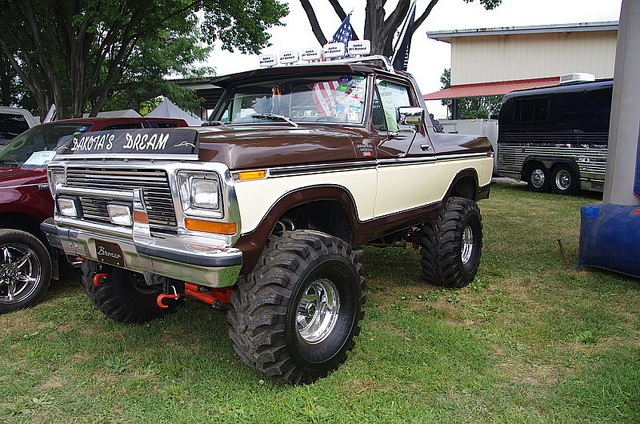 dakota 39 s dream 1979 ford bronco vehicles pinterest photos ford bronco and broncos. Black Bedroom Furniture Sets. Home Design Ideas