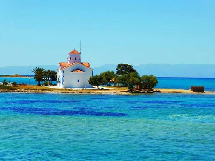 Elafonissos island. It's located in southeastern of the Peloponnese, Greece