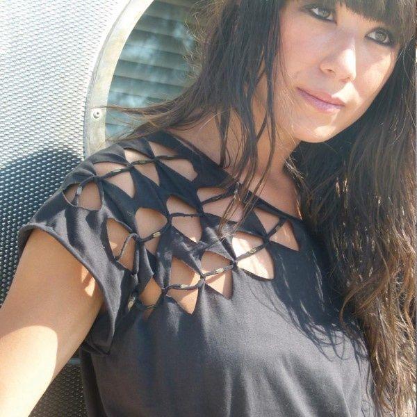 DIY INSPIRATIONAL IMAGE: T-shirt weaving idea