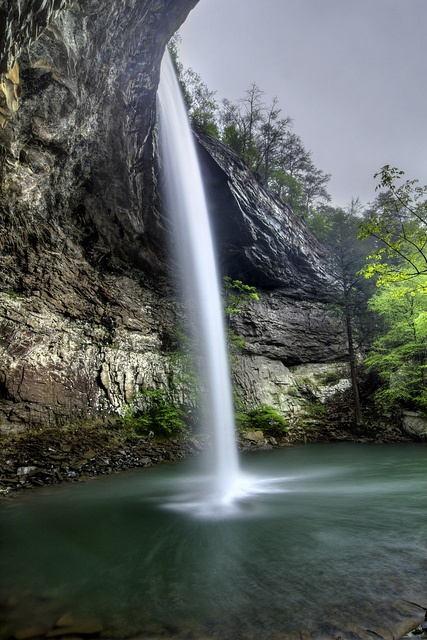 Ozone Falls 1, Ozone Falls SNA, Cumberland Co, TN by Chuck Sutherland, via Flickr