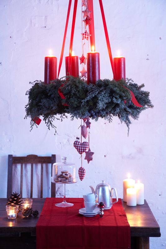 Adventskranz! Love the simplicity of this one.