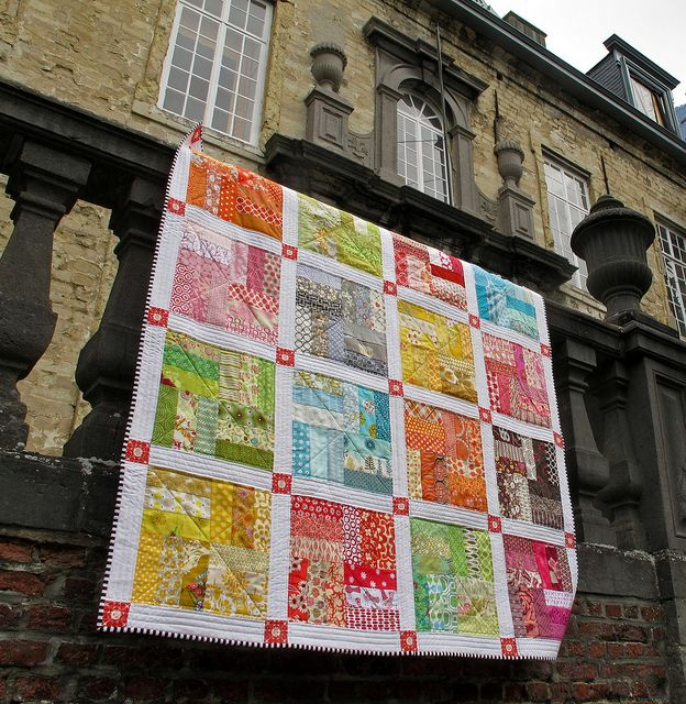 Scrappy quilt finished by Anne@surelynotanotherproject (mianni2010), via Flickr                                                                                                                        Scrappy quilt finished             by        Anne@s..