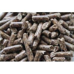 Lettiera in pellet di legno per animali domestici