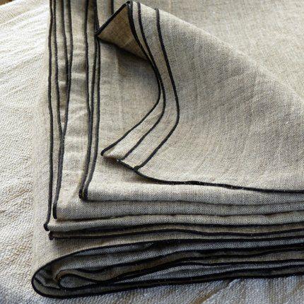 Rideaux en toile Bisia composée de chanvre et de laine de yack – Caravane Chambre 19