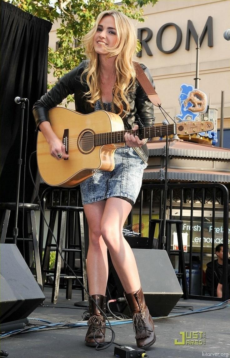 Katelyn Tarver - Performing at The Grove 2010