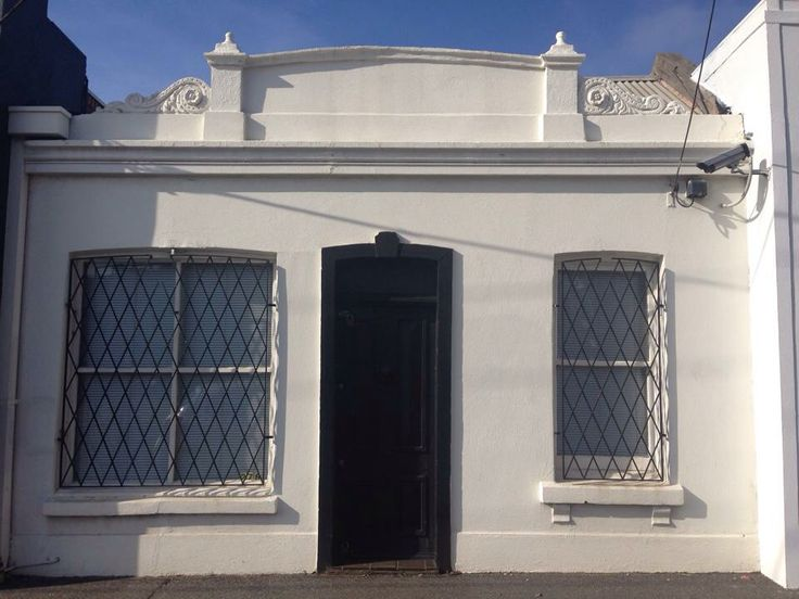 William Wright was shot by his wife Helene in the living room of his house in 202 Nicholson st Carlton in 1900. #murder #melbournemurdertours #twistedhistory #carlton