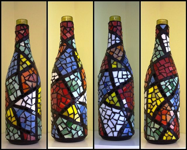 Colorful Mosaic Wine Bottle | Flickr: Intercambio de fotos