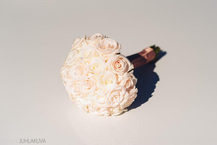 Hääkimppu  #wedding #bucket #flowers