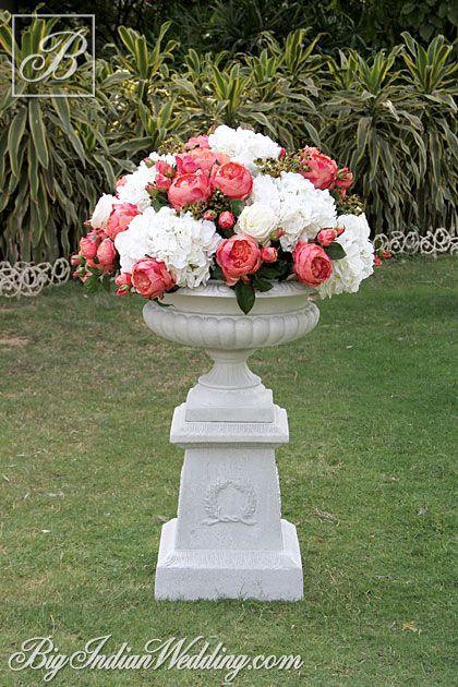 FlowersForever artificial flowers provider