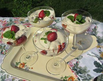 Strawberry Romanoff Cake Recipe