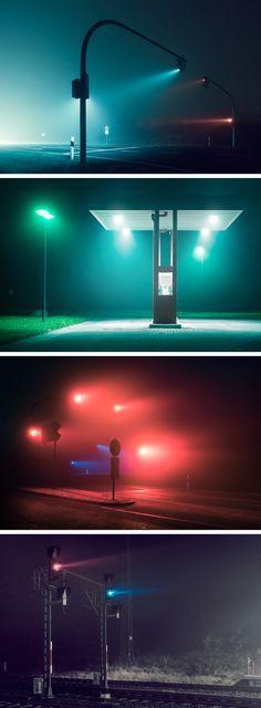 Der Fotograf Andreas Levers fängt das dunstige Leuchten unbewohnter Straßen bei Nacht ein