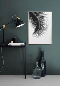 Poster mit einem Schwarz-Weiß-Foto für die Inneneinrichtung | Stilvolles Poster mit Palmenblatt