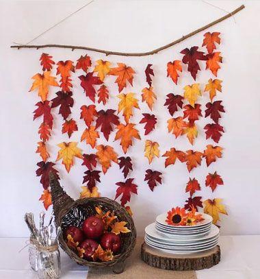 DIY Rustic autumn leaf backdrop ( easy fall decor ) // Őszi fali dísz faágról függő falevelekkel egyszerűen // Mindy - craft & DIY tutorial collection