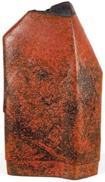 DEBRIL claire (née en 1927) Sculpture en faïence, forme verticale élancée très
