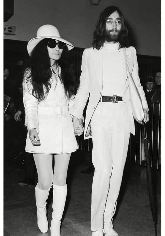 Yoko Ono pour Opening Ceremony http://www.vogue.fr/mode/news-mode/diaporama/yoko-ono-pour-opening-ceremony/10683#!2