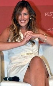maria-elena-boschi-incidente-sexy-645 (1)