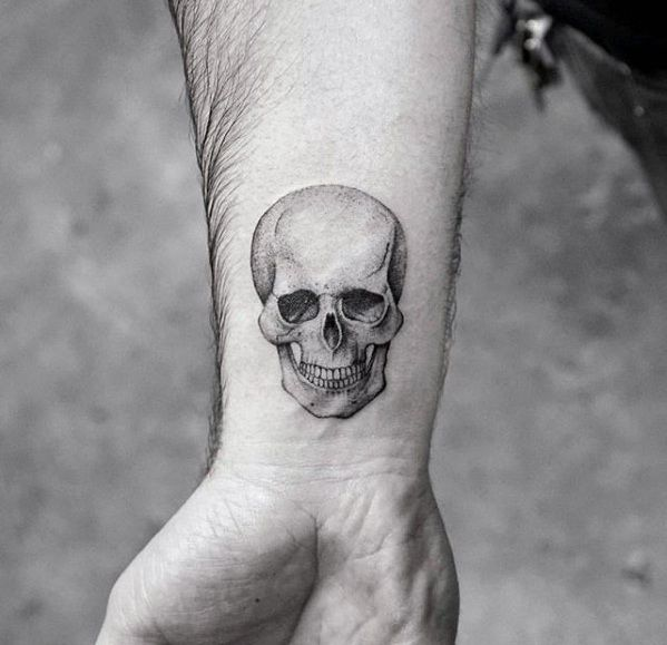 50 Coolest Little Tattoos for Men – Manly Mini Design Ideas