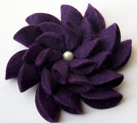 Felt flower pin | craft ideas