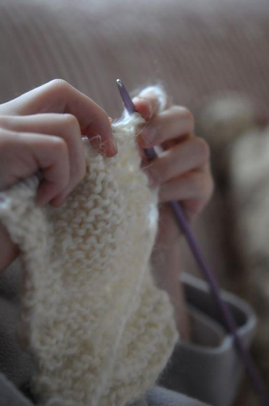 Apprendre à tricoter.